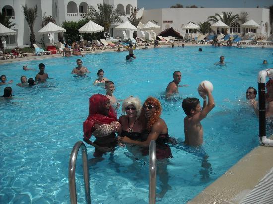 Hotel Djerba Les Dunes: les plus belles filles du club