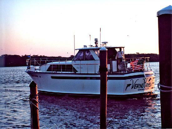 Liquid Limousine Charters: Sarasota Bay to the Gulf of Mexico