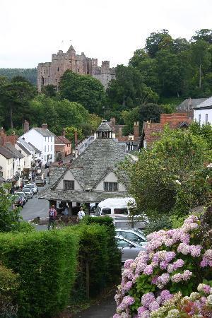 Exmoor Country House : Dunster Castle & Yarn Market