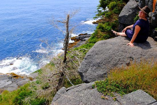 Monhegan Island : Resting at the end of a short trail.  Would have loved to do some of the longer ones!