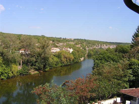 Villa Hugon : view on the river from the window