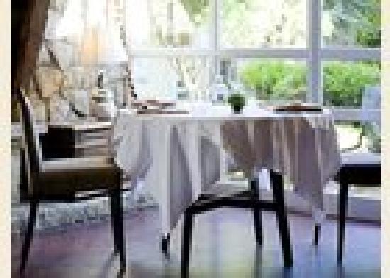 """Un Toit Pour Toi : Notre restaurant """"saisons d'ailleurs"""""""