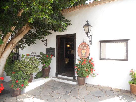 Casa Santa Maria: Entrance
