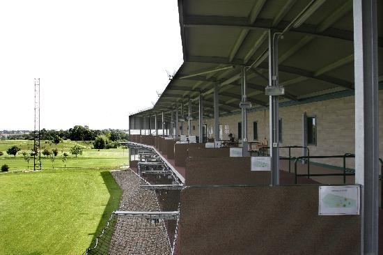 Ufford Park Woodbridge Hotel, Golf & Spa: 2 Storey Floodlit Driving Range