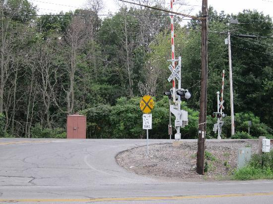 Maples Motel: the crossing guard nearby