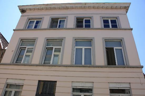 Dieltiens Gastenkamers Guestrooms: Front of Building