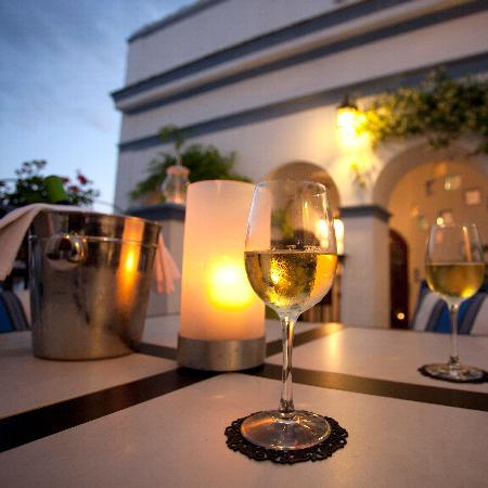 La Casa Noble: Join us for a glass of wine as the sun sets