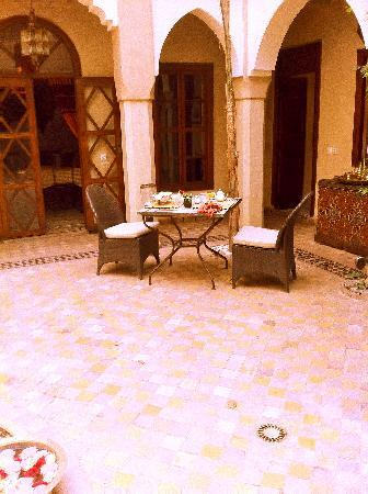 Riad Zayane: breakfast