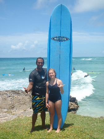 Christ Church, Barbade : Surfer girl with Boosy