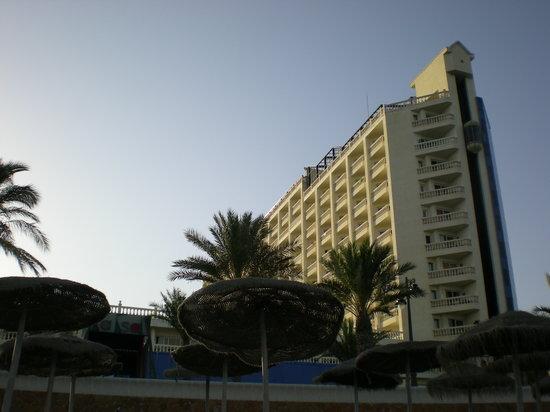 Hotel ATH Portomagno: Vista del hotel desde la playa
