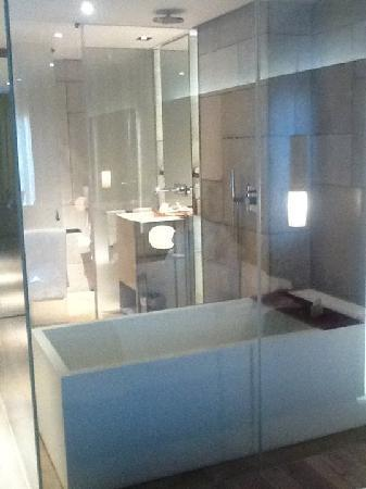 Mamilla Hotel : Clear walls surrounding shower & bath from the bedroom.