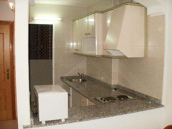 Apartamentos Primavera Loix: Kitchen
