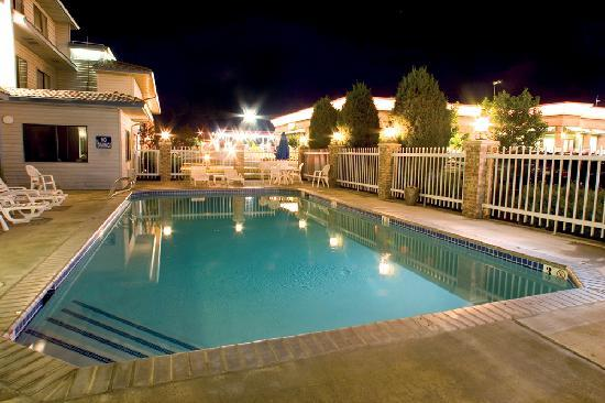 Shilo Inn & Suites - Boise Airport: Shilo Inns Boise Airport Pool