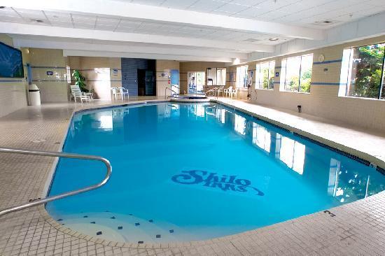 Shilo Inn & Suites Tacoma : Shilo Inns Tacoma Pool