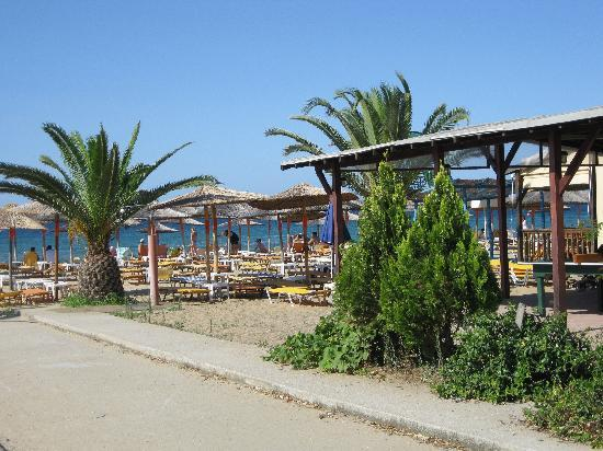 Dionisiou Beach, Grecja: village sites
