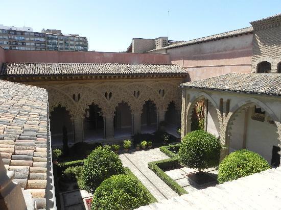Palacio de la Aljafería: Veduta