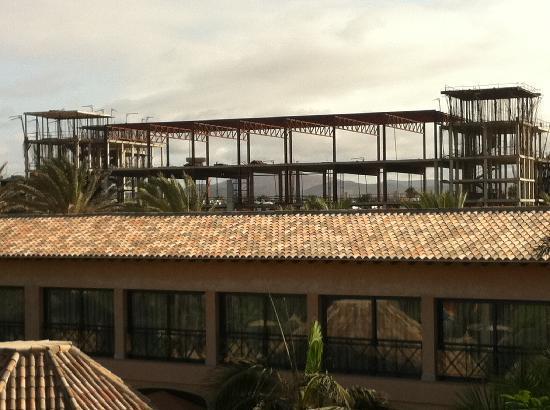 Gran Hotel Atlantis Bahia Real: Pool view