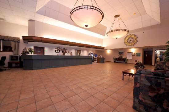 Shilo Inn Suites - Twin Falls: Shilo Inns Twin Falls Hotel Lobby