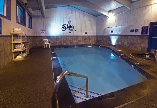 Shilo Inn - Helena : Shilo Inns Helena Hotel Pool