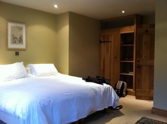 Golden Lion: mooie kamer, ruim en een heerlijke douche.