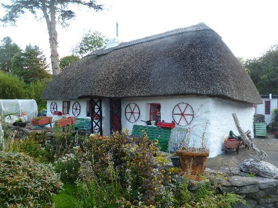 Fairybridge Cottage: main cottage