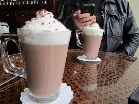 Clarence House B and B: a short trip into town for some hot chocolate