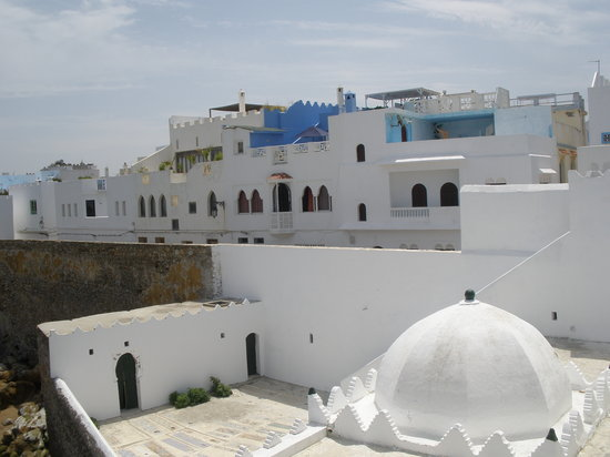 Arenas 4x4 Excursions : Asila Town north of Morocco