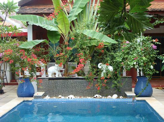 Ombrelle & Kimono Boutique Hotel: Ombrelle et Kimono pool