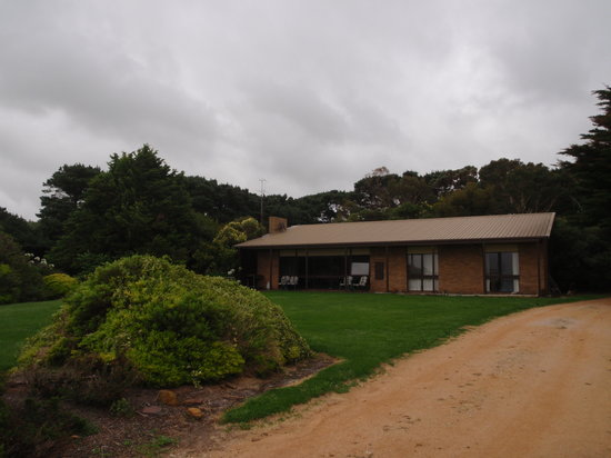 Black Cockatoo Cottages