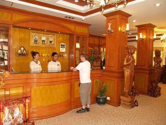 Ancient Angkor Hotel: Reception