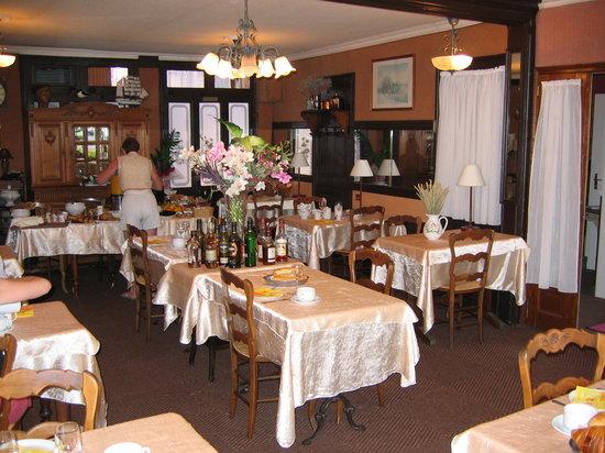 La Colonne de Bronze : La salle à manger