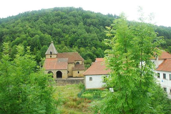 Ochagavia, Spain: Izalzu visto dall'Hotel Besaro