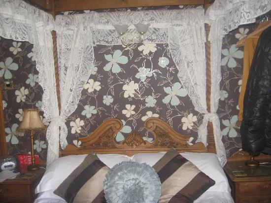 Rosebud Cottage Guest House: Tapestry Room