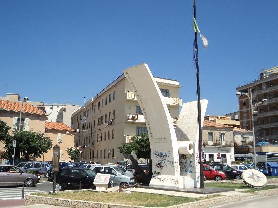 Catanzaro Lido, Italia: Monumento ai caduti