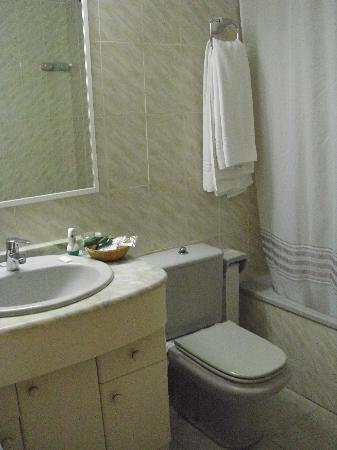 Sant Jordi Boutique Hotel: baño