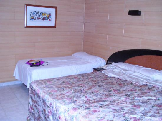 Sant Jordi Boutique Hotel : habitacion