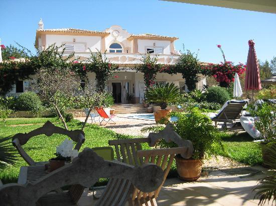 La maison foto de soleil au portugal chambre d 39 hote for Chambre d hote portugal