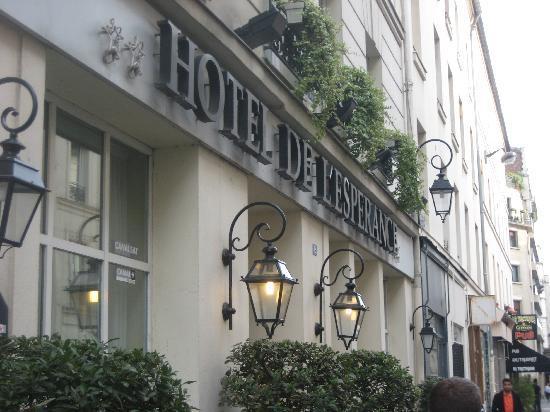 Hotel de l'Esperance: Hotel sign