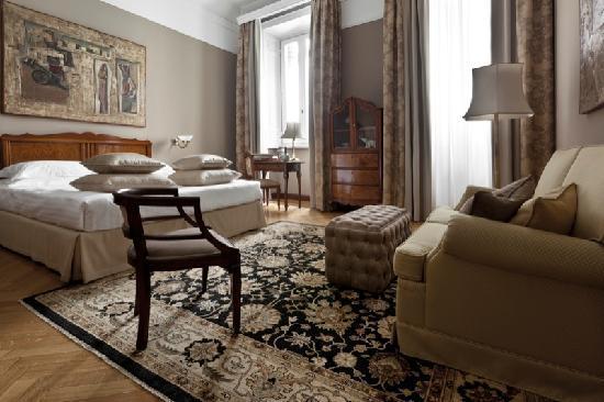 Junior Suite Bild Von Grand Hotel Et De Milan The Leading Hotels