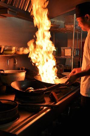Lemongrass Thai Restaurant: THAI CHEF ARTFUL HAND