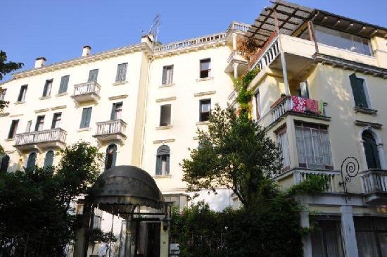 Byron Hotel: Hotel