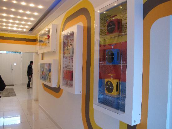 Villa Zest Boutique Hotel: Il corridoio della reception