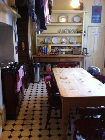 Truro Lodge: Guests have use of a kitchen
