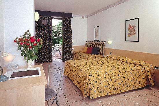 Hotel Villa Olivo: camera Comfort
