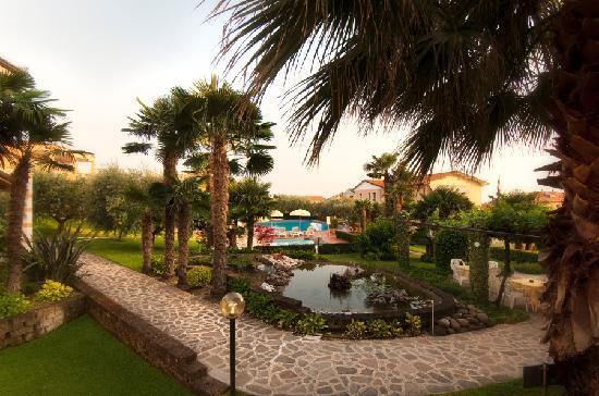 Hotel Villa Olivo: Giardino