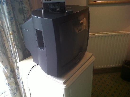 Royal Bath Hotel Spa: Modern TV provided - all 4 channels