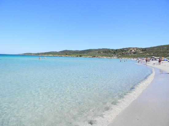 Bungalow Club Village: spiaggia isuledda