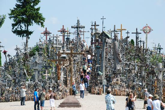 Berg der Kreuze Šiauliai: Hill of crosses