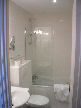 Timhotel Tour Montparnasse: il bagno