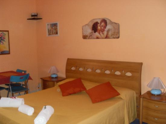 Ridolfi Guest House: Notre chambre